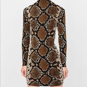 Brand new Zara fitted midi dress - Size S